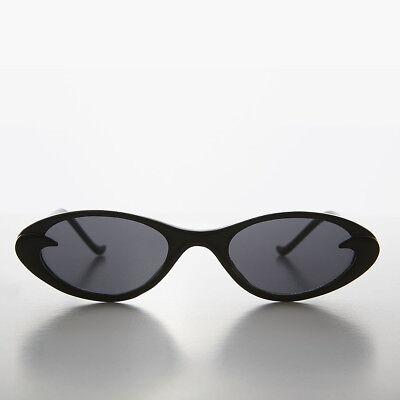 Schwarz Schlank Klein Rahmen Oval Retro Cat Eye Sonnenbrille - Selena