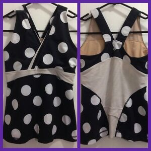 Lululemon Size 6 Black & White Polka Dot Top
