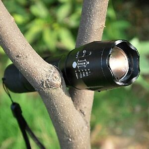 UK Super Bright 4000 Lumens XM-L2 T6 LED Torch Zoomable Military Flashlight