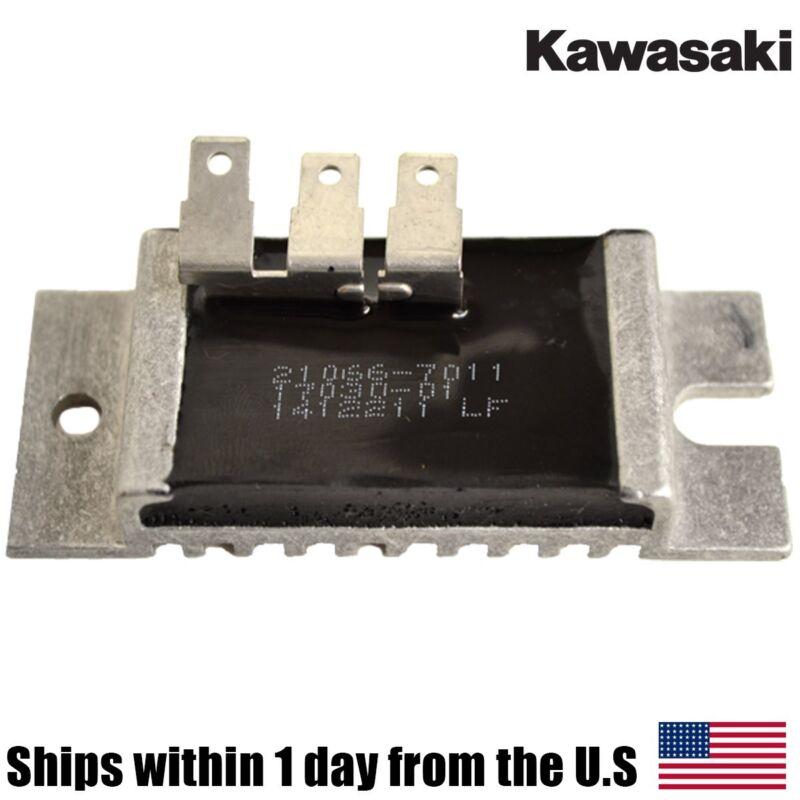 Genuine KAWASAKI Voltage Regulator 21066-7011 210667011 FH661V FH680V FH721V