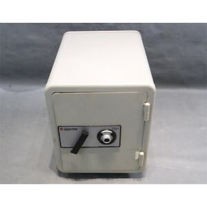 Sentry Safe 1380 (with combination)