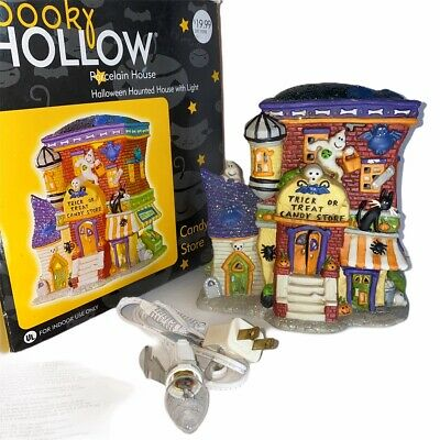 Spooky Halloween Store (Spooky Hollow Lighted Porcelain Halloween House 2002 Candy Store)