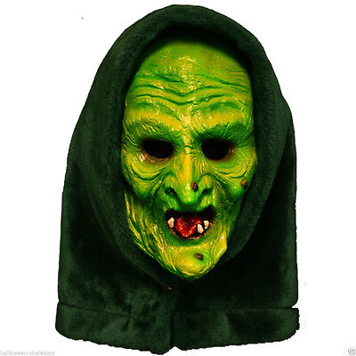 Halloween-3 Maske (Halloween 3 Season Of The Witch Adult Witch Mask w Attached Shamrock Button Tag)