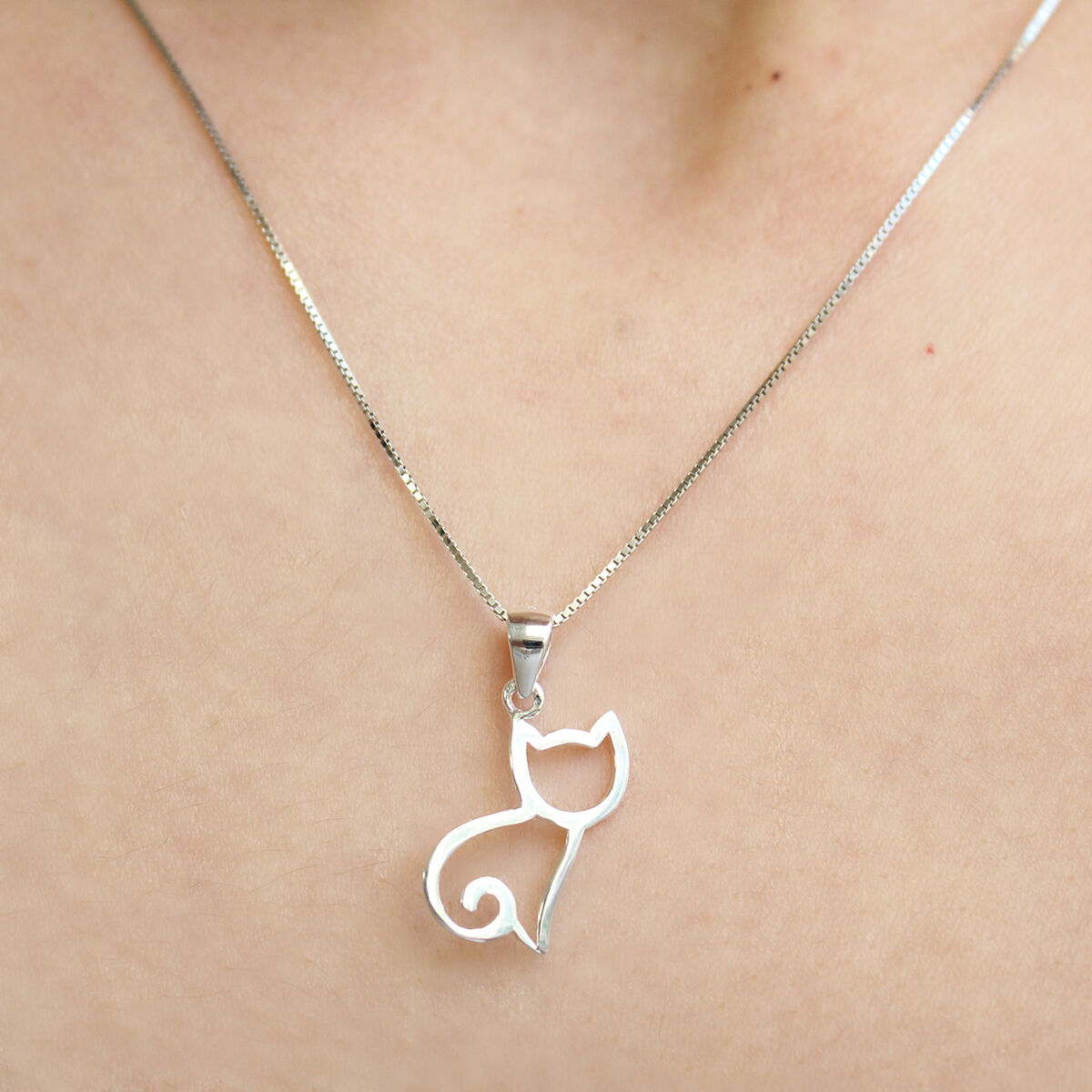 925 Sterling Silver Cat Necklace Hanging On Kitten Cat Necklace Minimalist Style