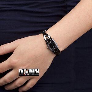 DKNY WOMEN'S BLACK TWIST LUXURY CERAMIC WATCH NY8729