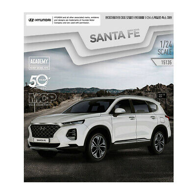 Academy HYUNDAI NEW SANTA FE  TM Car 1/24 Plastic Model Kit #15135