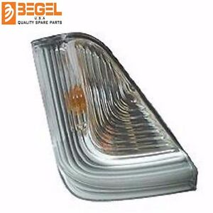 Mirror Turn Signal Corner Light Lamp RIGHT Mercedes Sprinter Dodge 2007+ BG82070