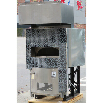 Woodstone Ws-ms-5-rfg-ir-ng Mt Adams 5 Foot Pizza Oven Used Great Condition