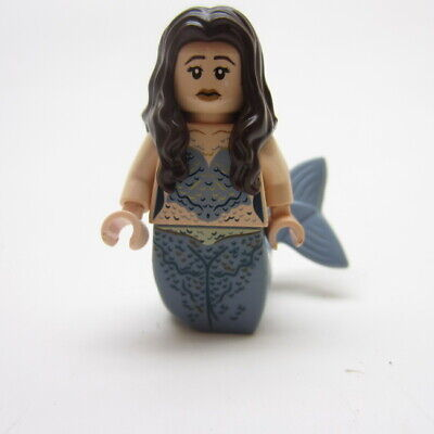LEGO Pirates of the Caribbean Minifigure Syrena Mermaid 4194 and extra Tail