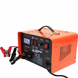 Campmark 12V/24V 2 in 1 Battery Charger-Home or Professional Use Fairfield East Fairfield Area Preview