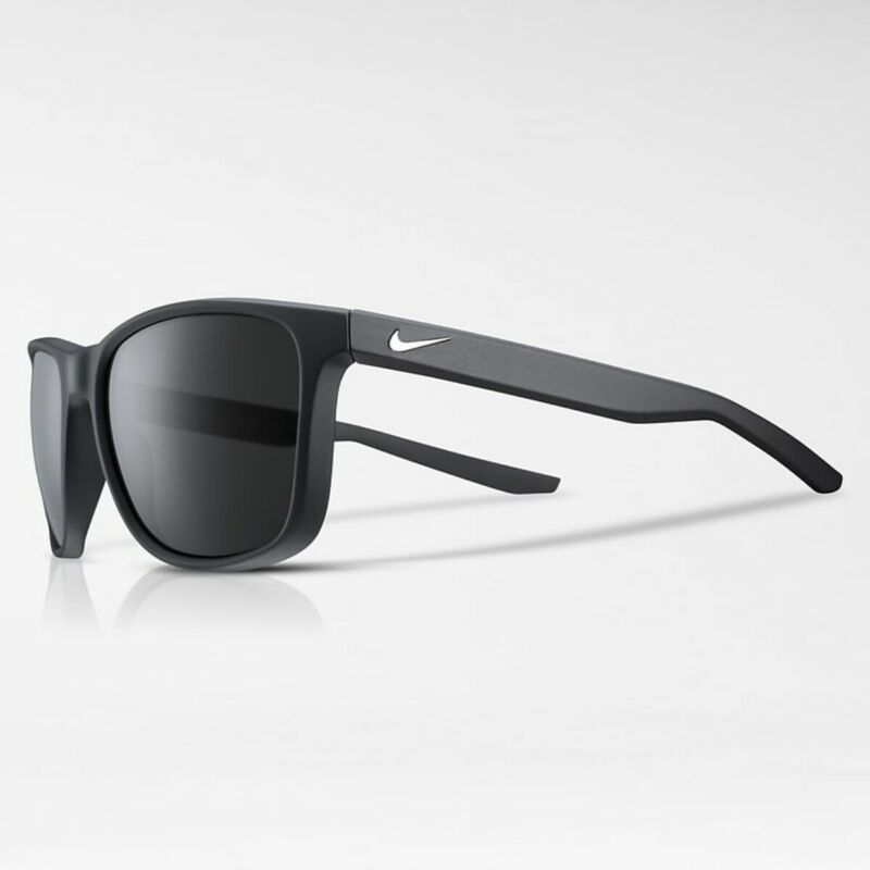 NEW Nike Essential Venture Polarized Sunglasses Black 59mm 59-15-145