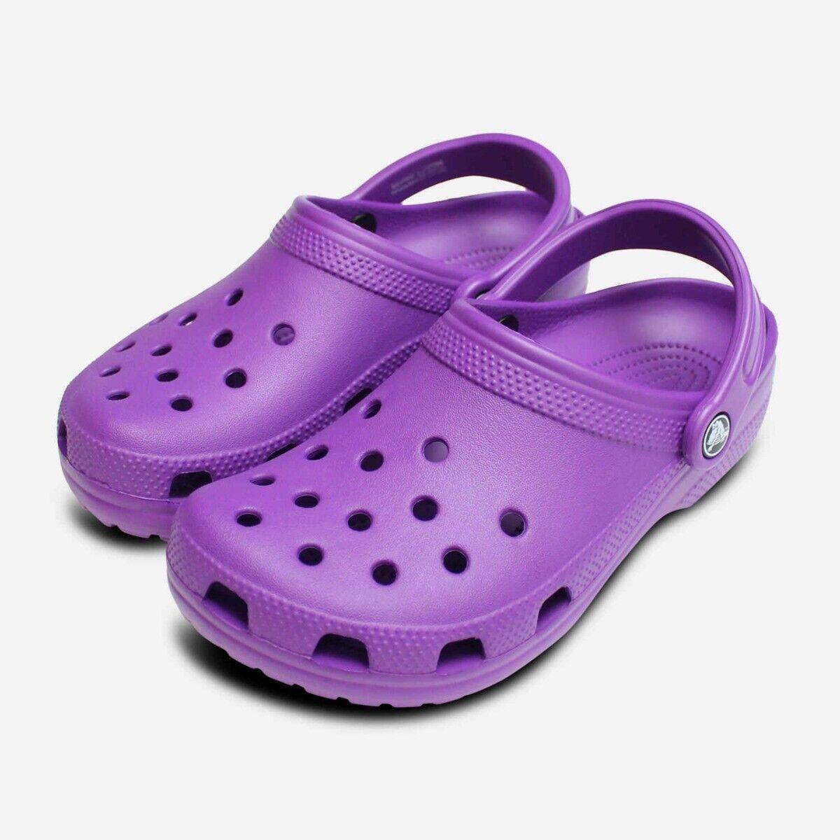 Crocs Womens Classic Clog in Neon Purple