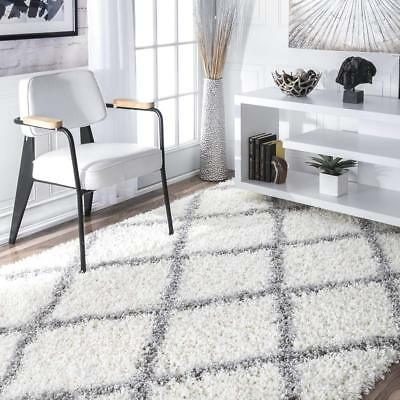 nuLOOM Cozy Soft and Plush Diamond Trellis Shag Area Rug, Wh