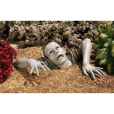 Design Toscano The Zombie Of Montclaire Moors Gray Toned 3 Piece Statue