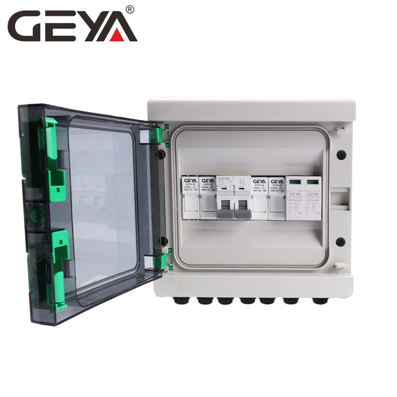 Solar PV Combiner Box Plastic 15A 2strings 550VDC Circuit Breaker Solar Panel