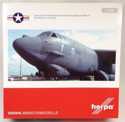Herpa Wings 557351 B-52H 'Memphis Belle IV' 1/200 Scale Diecast Model