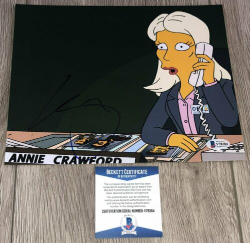 KRISTEN WIIG SIGNED THE SIMPSONS ANNIE CRAWFORD 8x10 PHOTO w/PROOF BECKETT COA