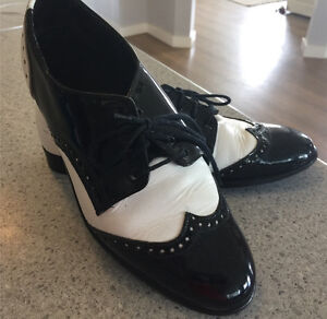Dance shoes used size 9 ladies Tallegalla Ipswich City Preview