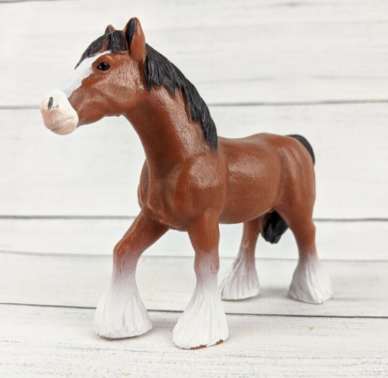 Terra by BATTAT Clydesdale Draft Horse Brown Male Stallion Animal Figure 026