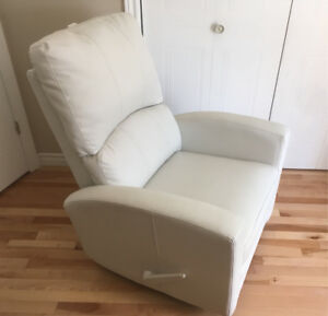 Chaise berçante inclinable