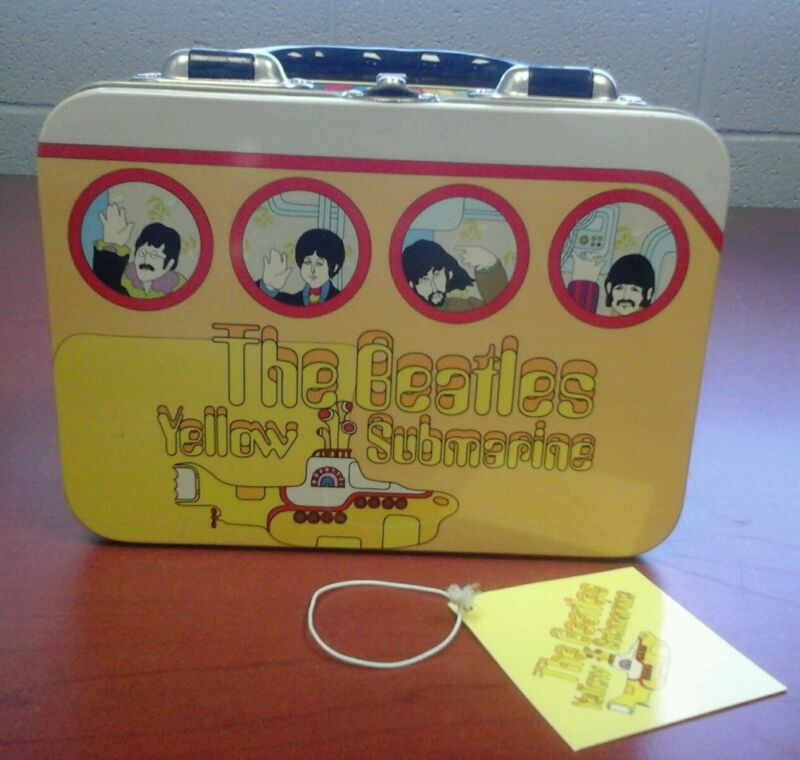 The beetles yellow submarine lunchbox