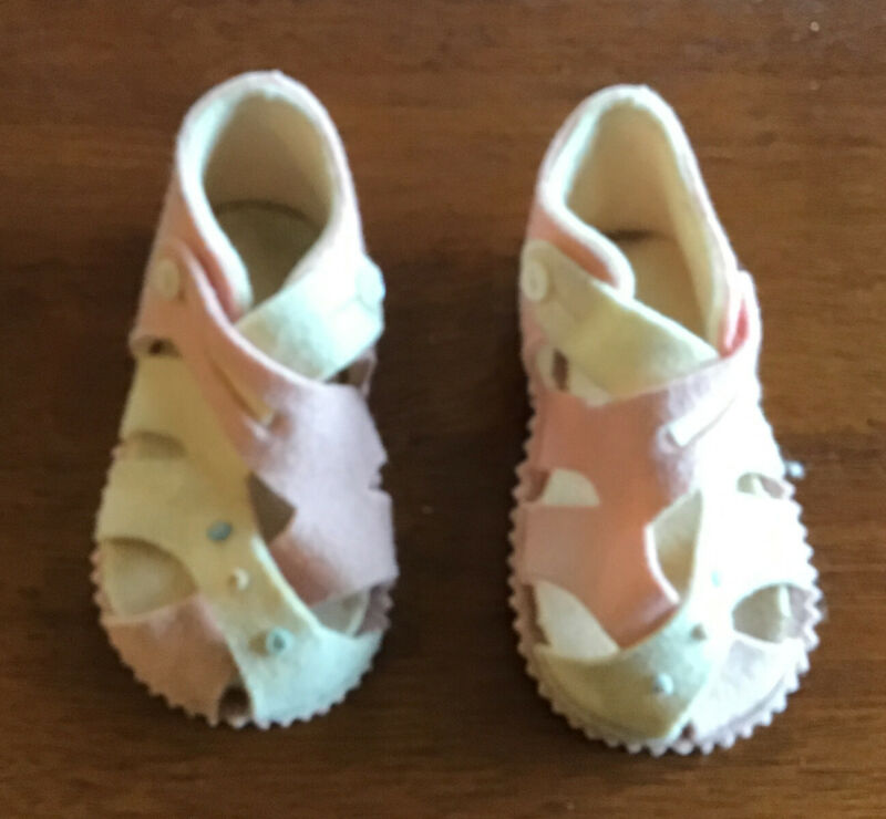 Vintage Felt Baby Shoes Pink & Cream, Sandal-style