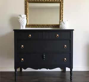 *DRESSER - Must See! - FREE DELIVERY!