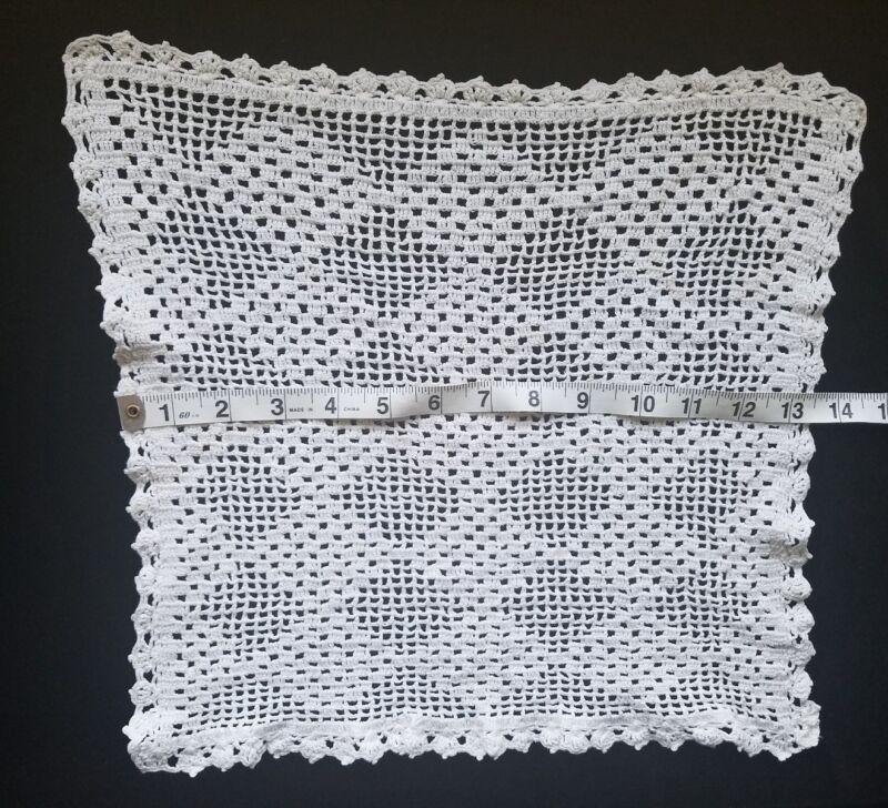 "Vintage Crochet Table Doily 13.5"" Home Decor Table Center A20"