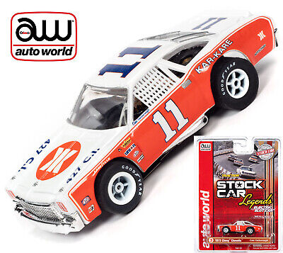 Auto World Xtraction R31 Chevrolet Chevelle Cale Yarborough HO Slot Car SC355