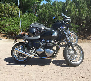 2010 Triumph Thruxton 'DREAM WEAVER'