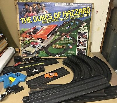 1981 Ideal Dukes of Hazzard Electric Slot Racing Set W/ Original Box