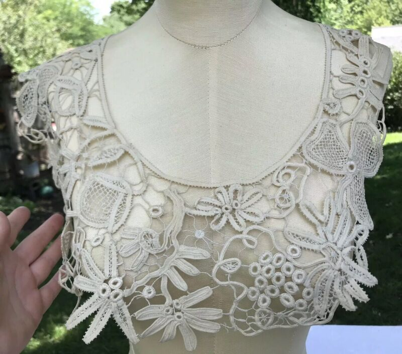 ANTIQUE HANDMADE BATTENBURG LACE COLLAR TRIM Excellent Floral Shamrock Ivory