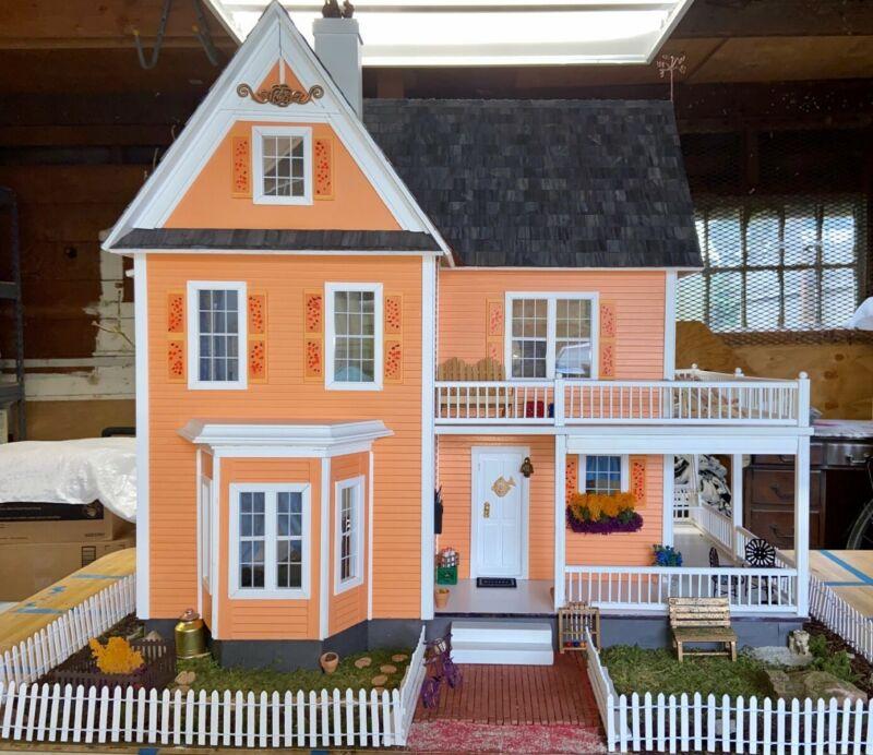 Dollhouse - Victoria