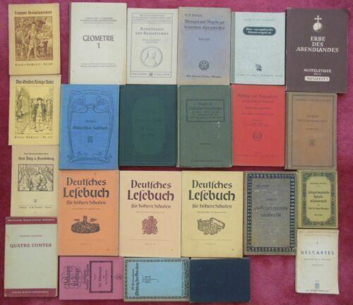 Konvolut 23 deutsche antiquarische Schulbücher, 1905 - 1951, diverse Arten