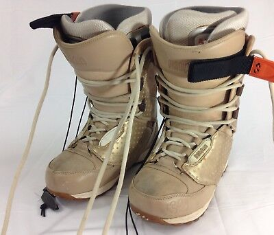ThirtyTwo Women's Snowboard Boots Lashed W's Level 3 Size 7