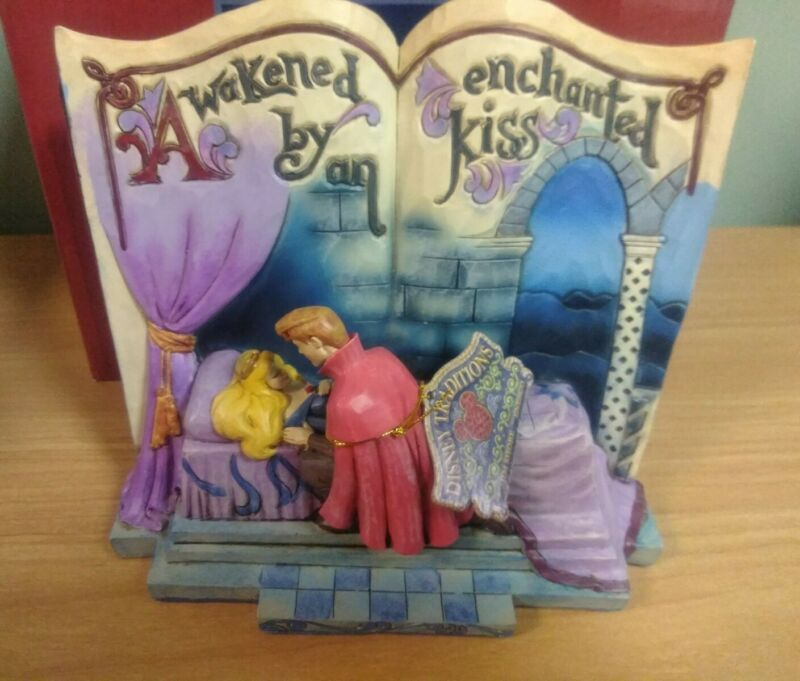 Disney Jim Shore Sleeping Beauty Enchanted Kiss Storybook 4043627 - READ