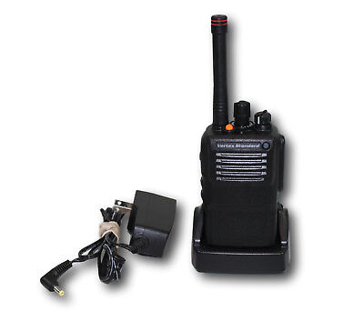 Vertex Vx821 Vx-821-g7-5 Uhf 450-512 Mhz 16 Ch 5w Radio