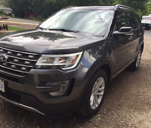 2017 Ford Explorer- for sale by owner