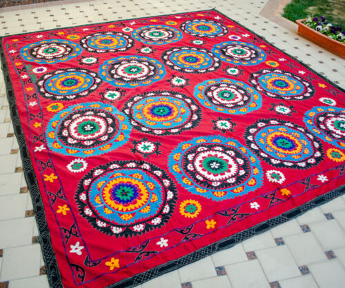 HUGE Silk Suzani wall hanging Vintage Uzbek silk handmade embroidery bedding
