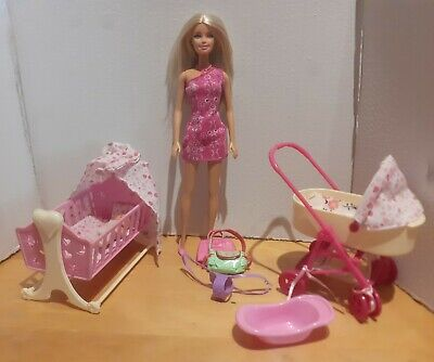 Barbie/simba Baby Pram And Bed With Doll And Accessories