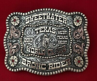 2013 RODEO TROPHY BELT BUCKLE~SWEETWATER TEXAS BRONC RIDING CHAMPION~VINTAGE 697