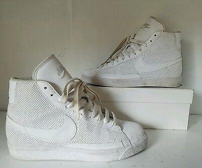 318705-112 Nike Blazer Mid Classic White//White Sizes 4-7 New In Box *Rare* GS