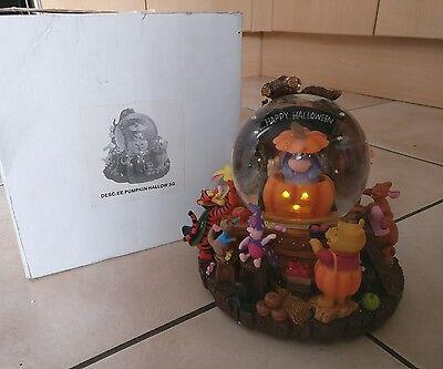 Disney Winnie the Pooh Eeyore pumpkin Halloween musical light up snowglobe boxed