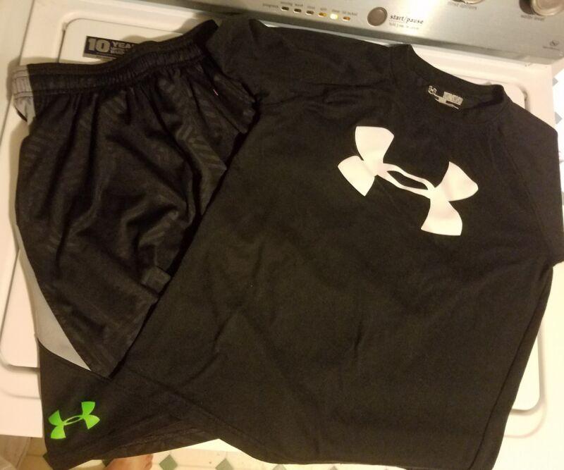 Lot Of Under Armour Boys Medium Shorts And Shirt