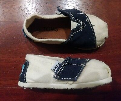 TOMS Tiny Classics Blue & White Infant Toddler Baby Boy Girl Canvas Shoes Size 5