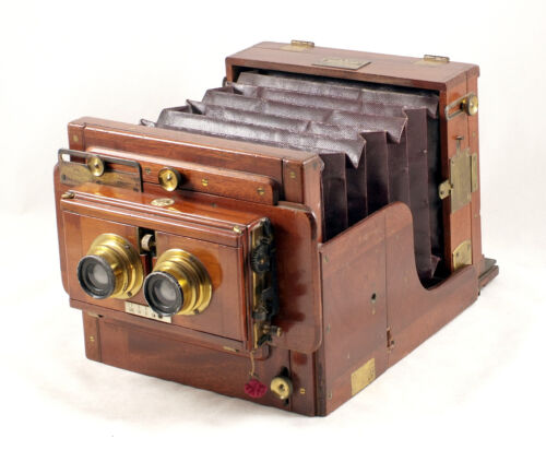 Fine! Rare  Sands Hunter Half Plate STEREO Tailboard Camera. Fitted with matched