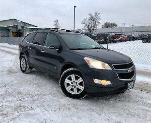 Chevy Traverse (safetied) clean title LEATHER / backup cam AWD