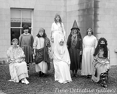 n - 1930 - Historic Photo Print (Halloween-1930)