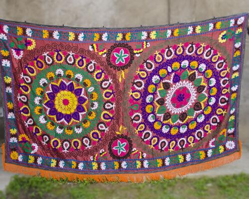 Large Suzani wall hanging Vintage Uzbek silk suzani bedding suzani fabric