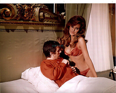 BEDAZZLED RAQUEL WELCH DUDLEY MOORE ULTRA SEXY PHOTO